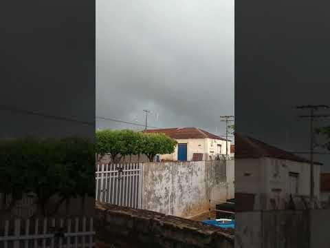 Chegada de chuva forte em Bálsamo/SP - 30/09/2017