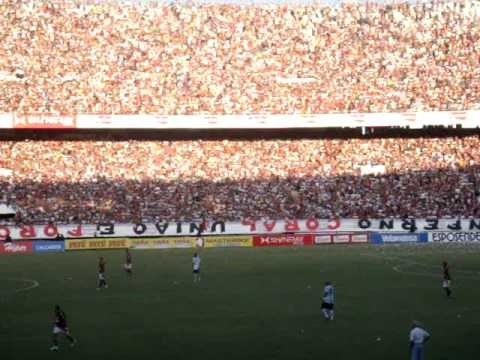 El estadio en plena fiesta.