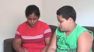 O desespero de uma criança obesa que não consegue emagrecer e não suporta o bullying