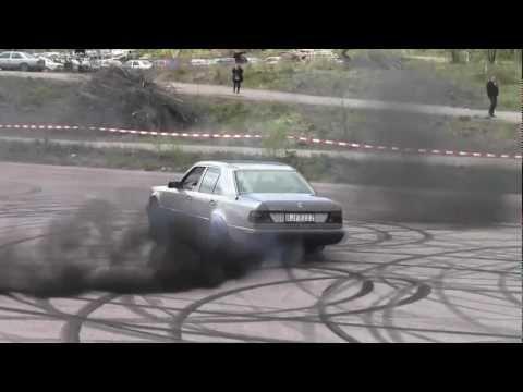 W124 diesel Mercedes burnout - Samzor - Video - 4Gswap org