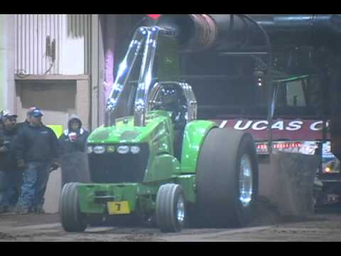 tractor pull videos