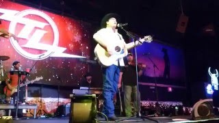 Tracy Lawrence   Sticks And Stones (Houston 12.11.15) HD