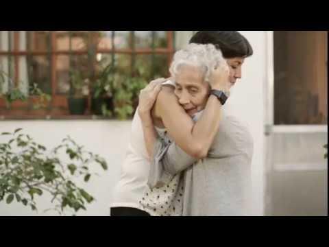 L'embrassade - spot 2018 subtitulado francés