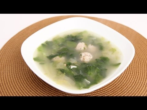 Homemade Escarole Soup Recipe – Laura Vitale – Laura in the Kitchen Episode 710