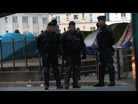 Risque d'épidémie : Le campement de migrants de La Chapelle évacué par la police
