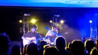 The Dodos: Walking & Red and purple (live at Weissenhäuser Strand)