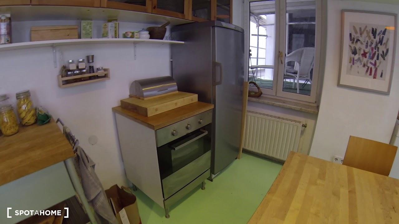 Rooms for rent in stunning 4-bedroom apartment in Leopoldstadt