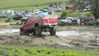 preview picture of video 'Mud bogging at Wolf Springs Off Road Park in Knoxville, PA'