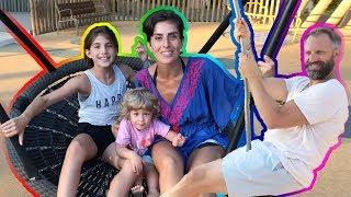Zoo Parkta Havalarda | Bizim Aile Eğlenceli Çocuk Videoları
