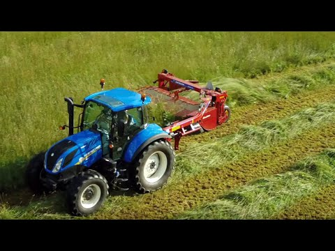 The Best Side-Pull Disc Mower-Conditioners: Discbine® 209 and 210