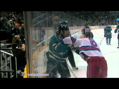 Brandon Prust vs Ben Eager