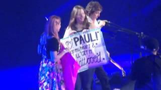 Paul McCartney-Buffalo, NY- 10/22/2015 - Autographs on Stage