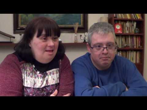 Watch videoEntrevista a Ruth i Jaume