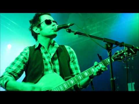 Dakota (Acoustic) – Live on HFM Radio