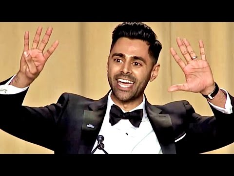 Trump Destroyed by Comedian at the 2017 White House Correspondents Dinner