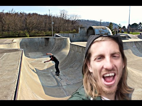 The JAWS TOMBSTONE Skatepark?!! - Athens Skatepark