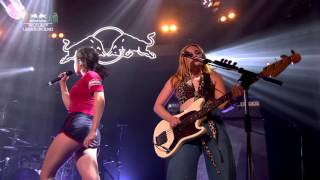 "Charli XCX - ""Famous"" (Red Bull Studios Future Underground)"