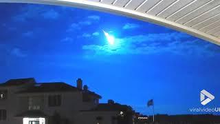 faze tari video cu o cometa