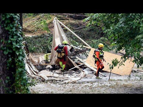 العرب اليوم - شاهد: إجلاء عشرات الأشخاص جنوب فرنسا بسبب أمطار طوفانية