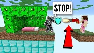 Minecraft: *SURPRISE* GRINCH LUCKY BLOCK BEDWARS! - Modded Mini-Game