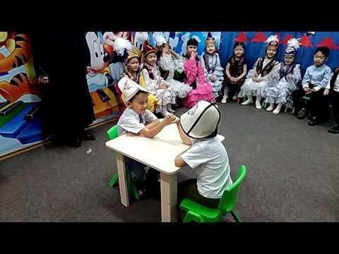 Кыргызская национальная игра Кол курош. Праздник Нооруз. Бишкек 2017.