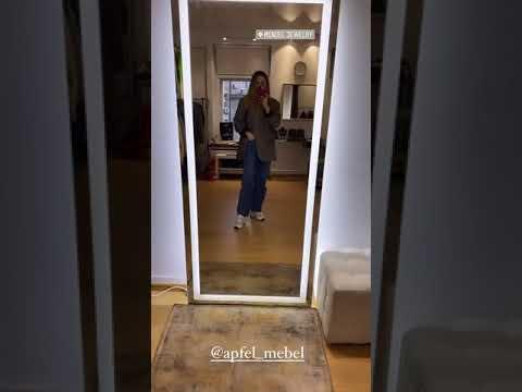 Зеркало для шоу-рума Jewelry Mendel