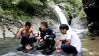 preview picture of video 'Air Terjun Lubuak Tampuruang Gunuang Sariak KURANJI PADANG'