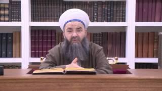 İbni Arabî Hazretleri Makbul Bir Velidir Ama Kitaplarını İncelemek Caiz Değildir.