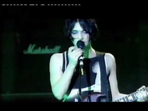 Placebo live 1998 - You Don't Care About Us -