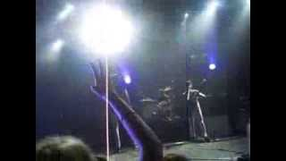The All-American Rejects- Walk over me BEST PERFORMANCE EVER