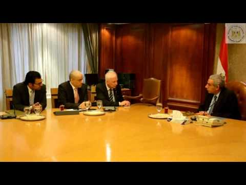 لقاء الوزير طارق قابيل بالسيد/ باولو بيرتازونى رئيس مجلس إدارة مجموعة شركات بيرتازونى العالمية