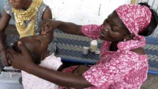 preview picture of video 'Vitamin A supplementation during Child Health Days in Senegal'