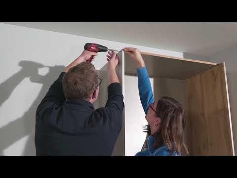 PACK'S-Kleiderschrank aufbauen – Schrank-Korpus Montage. Rauch Möbelwerke.