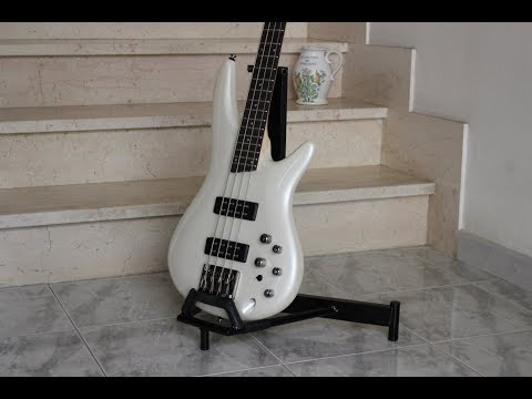 supporto per chitarra/basso fai da te (homemade Guitar/bass Stands)