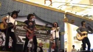 Anak Mamih - Jasutri - Live (Unplugged) @ Pejaten Village jkt