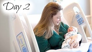 Newborn Baby's Second Day at the Hospital - Feeding Problems & First Bath!