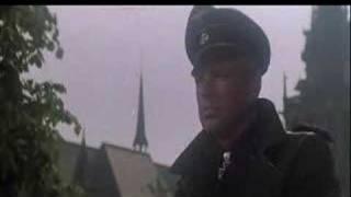 Trailer of Un puente lejano (1977)