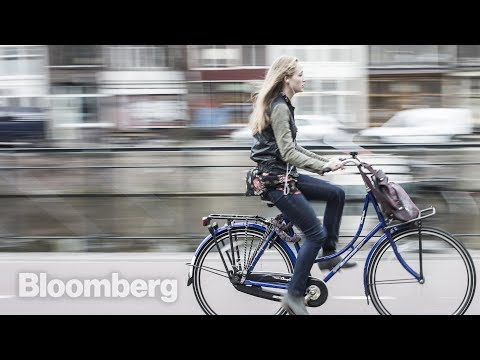 How Amsterdam Became a Bicycle Paradise