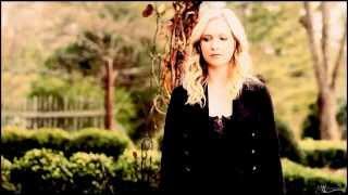 Caroline Forbes ► Timber