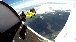 preview picture of video 'Un Week End au Centre de Parachustisme Paris Nevers -- FUN and FAIL / Skydive'