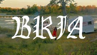 """Bria – """"The Sun Ain't Gonna Shine Anymore"""""""