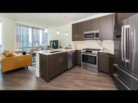 A spacious -05 one-bedroom at Streeterville's new 465 North Park