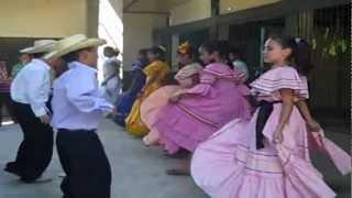 "Folclore  de Honduras Danza típica "" LA TUSA """
