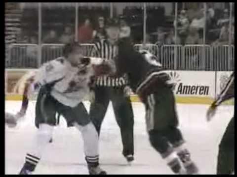 Tyson Strachan vs. Mike Blunden