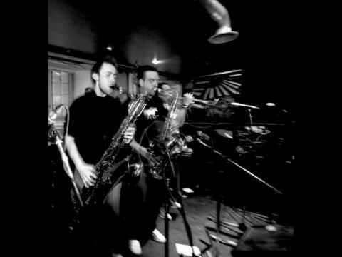 Ariya Astrobeat Arkestra - Crosstown Traffic online metal music video by ARIYA ASTROBEAT ARKESTRA