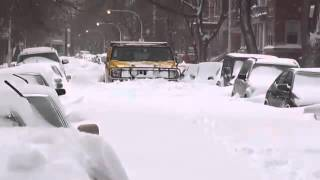 Hummer H2 On Snow Storm