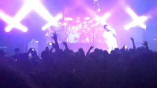 "311 ""Full Ride"" Live at Comerica Theatre - From Chaos"