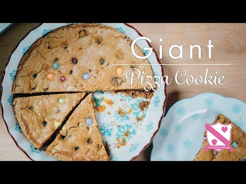 Giant Pizza Cookie - In The Kitchen With Kate