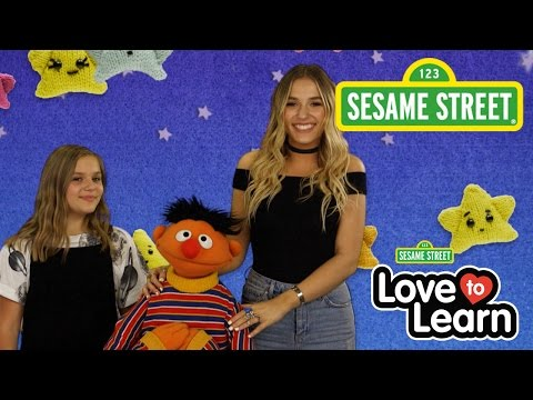 Sesame Street: I Don't Want to Live on the Moon with Ernie (Lennon and Maisy)