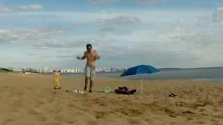 preview picture of video 'Saltando en la Fitball on a GoPro - Maldonado Uruguay'